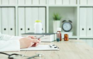 Szpital psychiatryczny: Niegroźny flirt czy nadużycie zaufania?