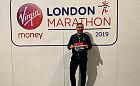 Grzegorz Mucha rzucił papierosy i biegnie po koronę maratonów świata