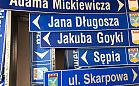 Pomóż zwierzakowi, zdobądź  tablice z nazwami ulic