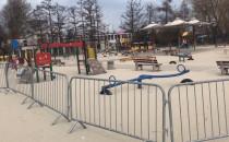 Gdynia zamknęła miejskie place zabaw i...