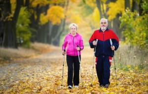 Nordic walking a koronawirus - tak, ale dla młodych i z rozwagą