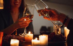 Romantyczne wieczory w domu: pomysły par