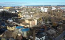Trwa wyburzanie 100-letniej fabryki olejów...