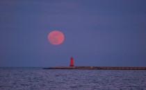Niezwykła pełnia różowego Księżyca za nami
