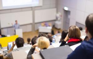 Nowości na uczelniach wyższych w Trójmieście. Sprawdzamy oferty studiów