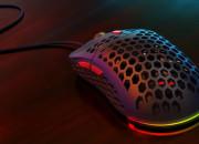 Gadżety: futurystyczne myszki z dziurami