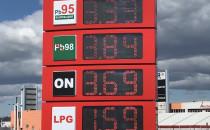 Litr benzyny za 3,34 zł, a gazu za 1,45...