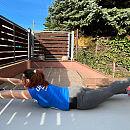 Jak trenować pływanie na lądzie? Praktyczny zestaw ćwiczeń