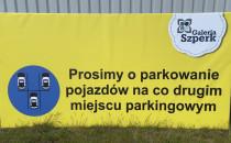 Parkowanie na co drugim miejscu przy...
