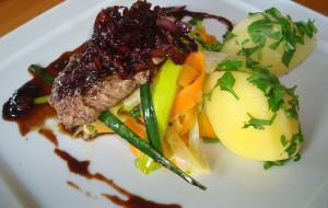 Tradycyjne smaki Pomorza: kontrowersyjna wołowina