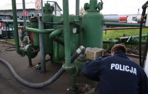 Handlowali nielegalnym paliwem. Skarb Państwa stracił 15 mln zł