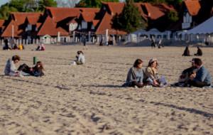 Jak zachować się na plaży w czasie epidemii?