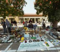 Pchli targ i barobusy co weekend na rynku w Oliwie