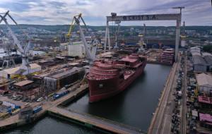 Kablowiec ze Stoczni Crist płynie do Norwegii