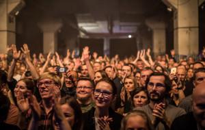 Na koncerty w klubach musimy jeszcze poczekać