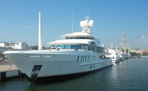 """Luksusowy jacht """"New Secret""""..."""