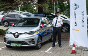 Dwa elektryczne radiowozy dla straży miejskiej