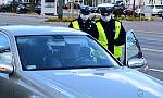 """12 kierowców pożegnało się z """"prawkiem"""", pijaną 45-latkę trzeba było ścigać"""
