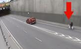 Kolejny rowerzysta w tunelu pod Martwą Wisłą