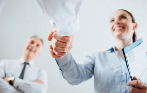 Stwórz CV i list motywacyjny w kilkanaście minut z CVhero.com