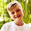 Szymon Lubicki z Gdyni: młody wokalista śpiewa Billie Eilish