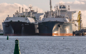 Pływający terminal gazowy na Zatoce Gdańskiej najszybciej w 2026 r.