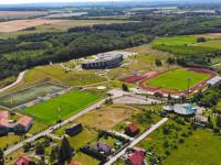 Arka Gdynia. 25 piłkarzy na zgrupowaniu w Gniewinie. Adam Deja zostaje
