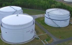 Nowe zbiorniki na paliwa pod Gdynią