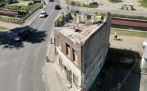 Różne losy starych budynków na Oruni