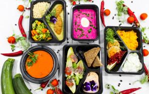 Dieta pudełkowa: posiłki dla zabieganych