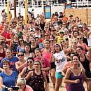Zaplanuj aktywny weekend. Zumba na plaży, joga, warsztaty wrotkarskie
