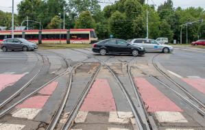 Przejazdy tramwajowe wymagają napraw. GAiT wciąż szuka wykonawcy