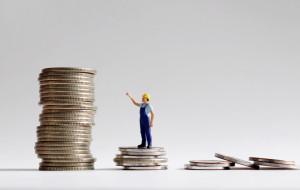 Miliardowe koszty podniesienia płacy minimalnej w 2021 r.