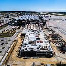 Rośnie pirs terminala pasażerskiego na lotnisku