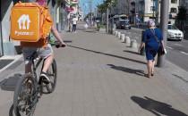 Rowerzyści wciąż na chodnikach Świętojańskiej