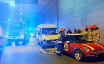Nagranie z porannego wypadku w tunelu pod...