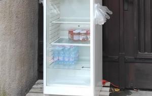 Podziel się jedzeniem w lodówce uruchomionej w Gdyni