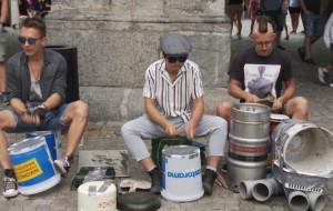 Straż wystawia mandaty, uliczni muzycy ich nie przyjmują. Konflikt trwa