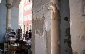 Zniszczona brama do serca Gdańska nie może doczekać się remontu