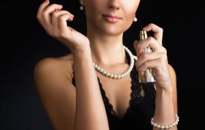 Perfumowa etykieta: jak używać pachnideł?