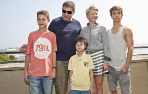 Gdynia w filmowych kadrach: bulwar, skwer i plaża