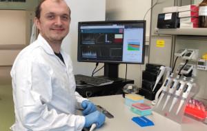 Naukowiec z Gdańska bada, jak infekcje wpływają na COVID-19