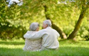 Coraz więcej dodatkowych emerytur dla stulatków