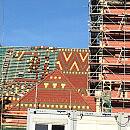 Barwna mozaika na dachu dworca w Gdańsku