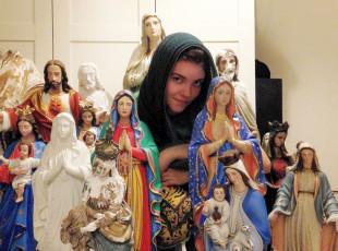 Pogotowie Maryjne: na ratunek porzuconym dewocjonaliom