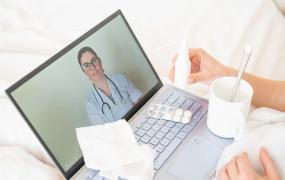 Przeziębienie, grypa, COVID-19. Kiedy po teleporadę, a kiedy na wizytę do lekarza?