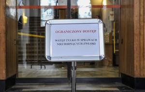 Żółta strefa w Sopocie: miasto ogranicza wejścia do urzędu