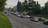 Utrudnienia na Trakcie św. Wojciecha przez kierowców jeżdżących pod prąd