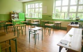 Kwarantanna w szkołach - kogo dotyczy? Sanepid wyjaśnia