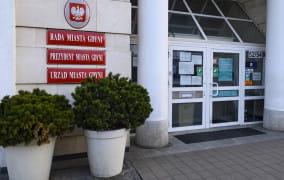Urzędnik z Gdyni wypłacał fikcyjne 500+ i becikowe